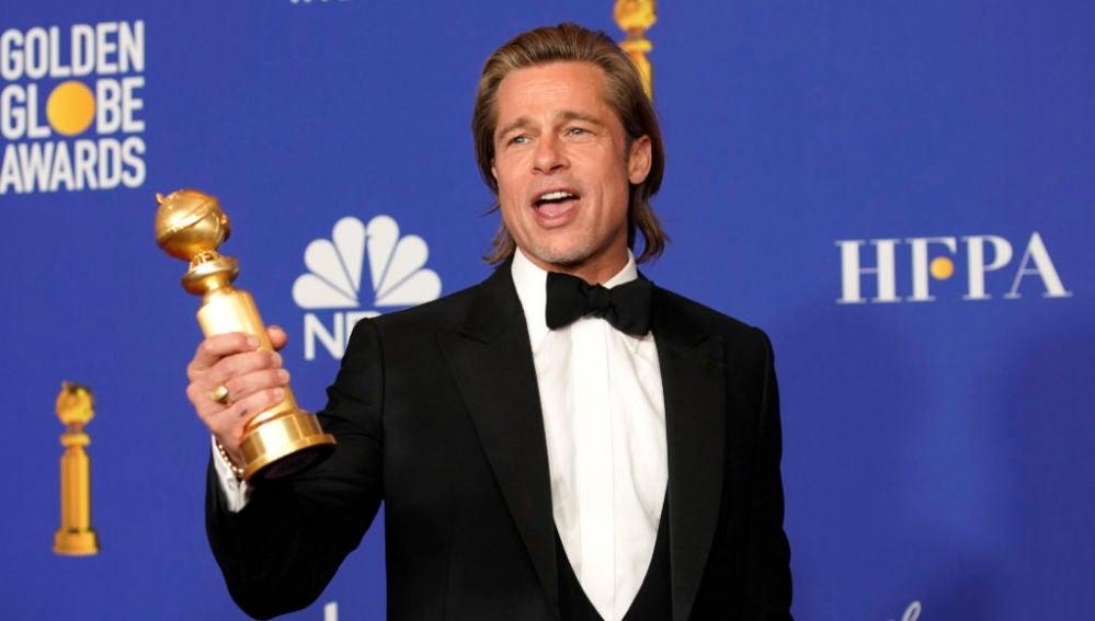 El actor Brad Pitt, tras ganar su Globo de Oro por 'Érase una vez en... Hollywood'