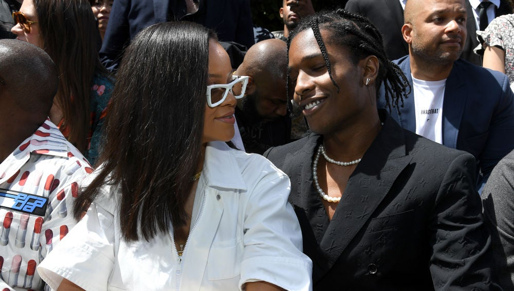 Rihanna y ASAP Rocky en la Paris Fashion Week