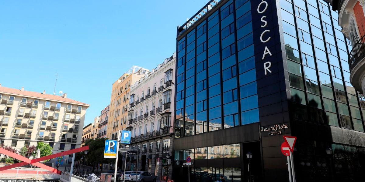 Fachada de un hotel en el centro de Madrid