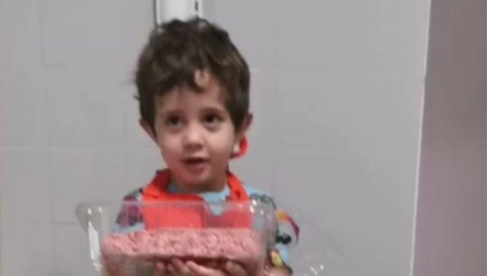 Dani, el pequeño que se ha hecho viral por sus recetas de cocina