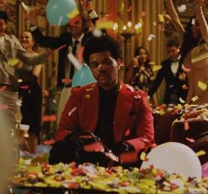 The Weeknd en el vídeo de 'Until I Bleed Out'
