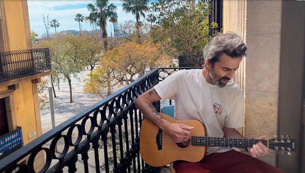 Pau Donés cantando 'Vuelvo'