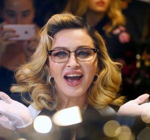 Madonna durante la presentación de su perfume MDNA SKIN