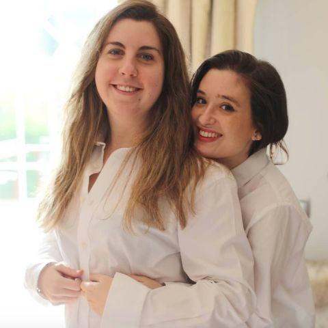 Carolina Iglesias y Victoria Martín