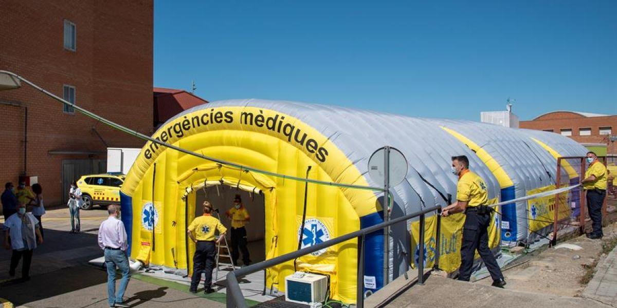 Hospital de campaña instalado en Lleida
