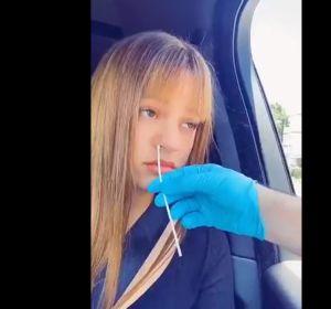 """Un enfermero desmonta el test de coronavirus a Rosalía: """"Cómo hacerse una PCR 'malamente'"""""""