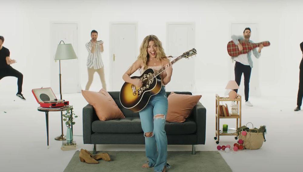 Miriam Rodríguez y Dani Martínez en el vídeo de 'No vuelvas'