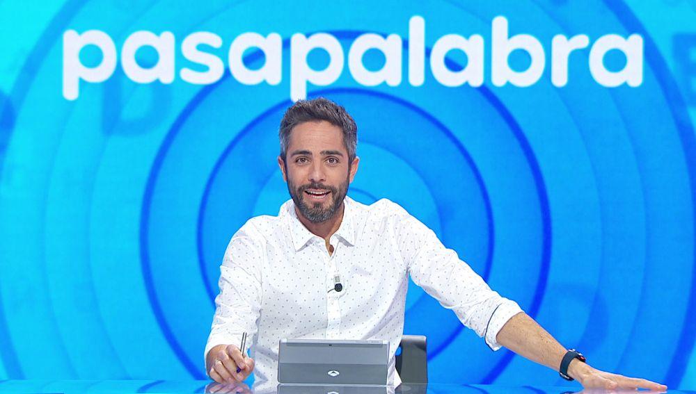 Roberto Leal lanza una propuesta muy loca que asombra a todos en el plató de 'Pasapalabra'