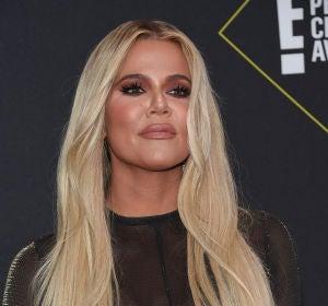 Khloe Kardashian durante un evento en California