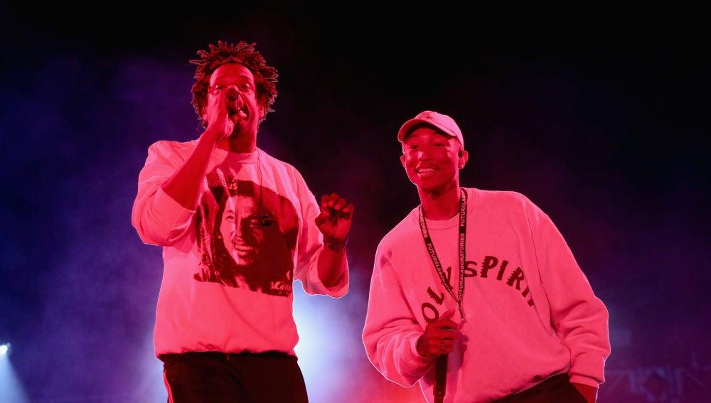 Jay-Z y Pharrell Williams durante una actuación