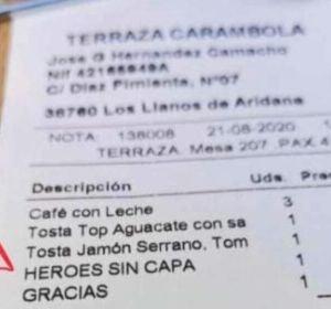 La cuenta de bar viral por su sorpresa a los 'héroes sin capa'