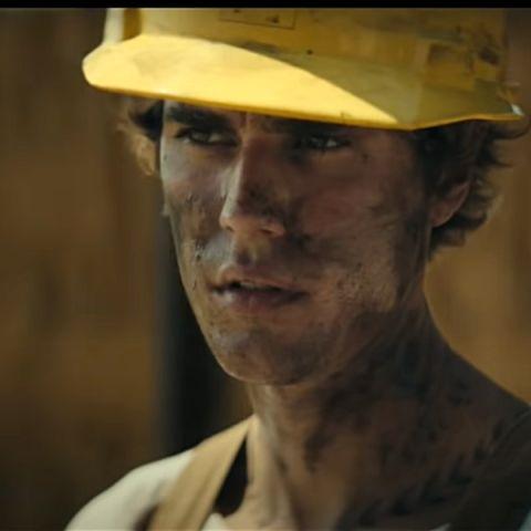 Justin Bieber en el videoclip de 'Holy'