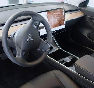 Model Tesla 3