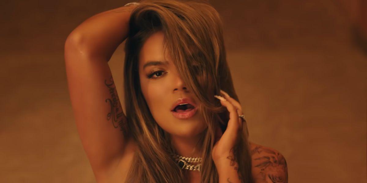 Karol G en el videoclip de 'Bichota'