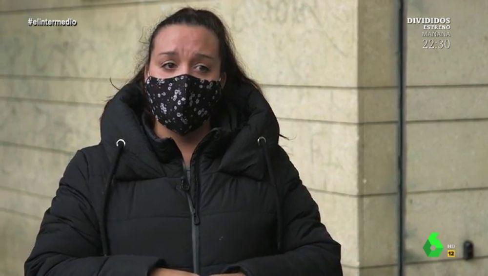 """Las lágrimas de una madre cuando el IMV no llega: """"Me ingresó 50 euros por Facebook sin conocerme"""""""