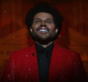 The Weeknd en el video de 'Save your tears'