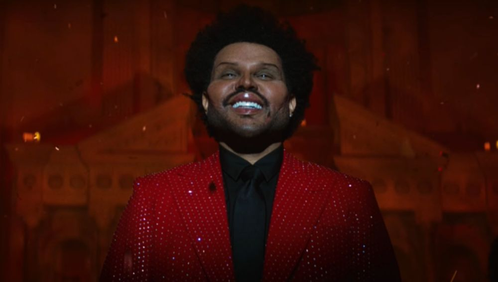 The Weeknd en el video de 'Save your tears'