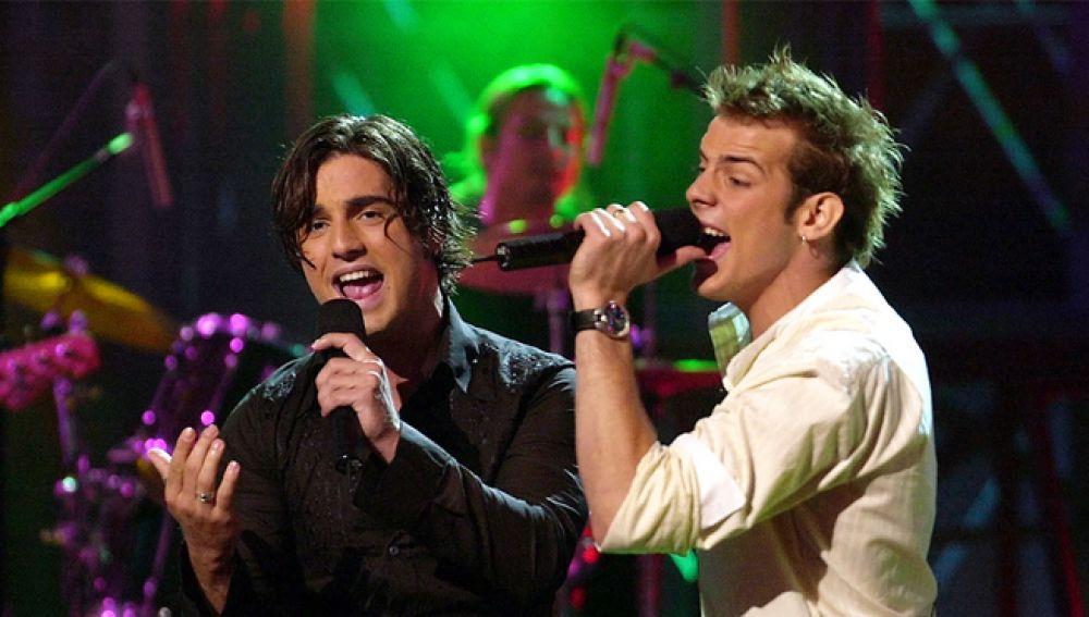 David Bustamante y Álex Casademunt cantan 'Dos hombres y un destino'