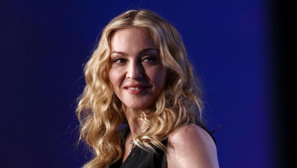 Una tiktoker denuncia que Madonna ha puesto su cara con Photoshop en una foto suya
