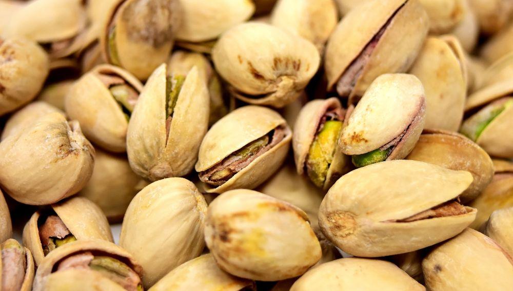 El truco para abrir los pistachos sin dejarte los dientes
