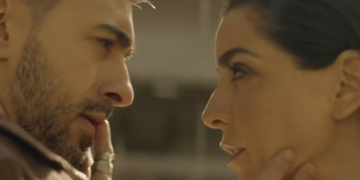 La pasión como hilo conductor de 'El mismo puñal', el videoclip de Ruth Lorenzo y Rayden