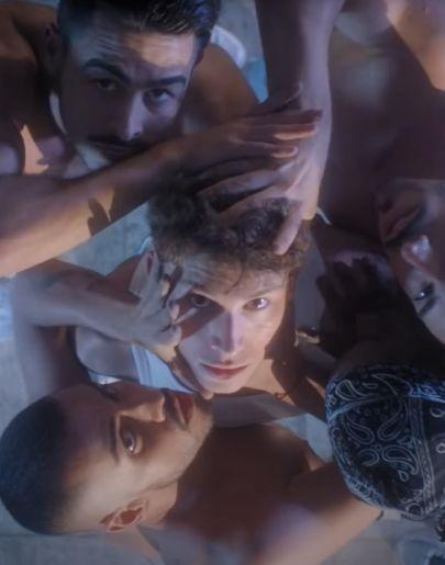 Raoul Vázquez en el vídeo de 'Caníbales'