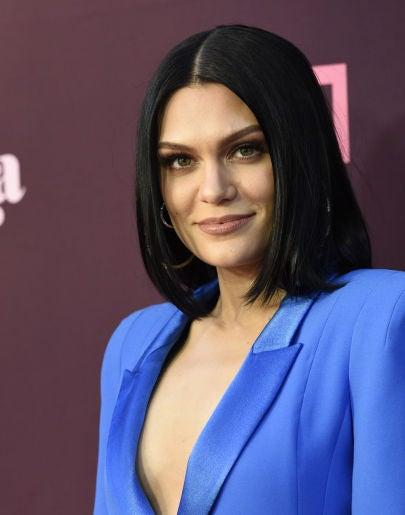 """Jessie J revela que sufre una enfermedad en la garganta: """"Siento dolor todos los días"""""""