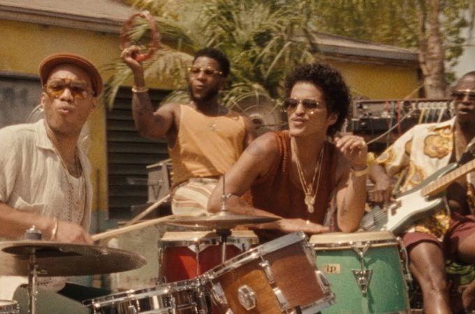 Bruno Mars y Anderson .Paak en 'Skate'