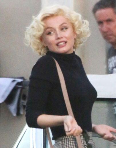 Ana de Armas interpretando a Marilyn Monroe