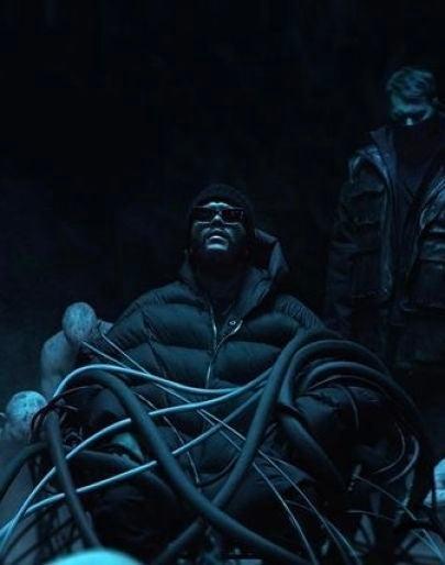 The Weeknd y Swedish House Mafia unen fuerzas en 'Moth to a Flame'