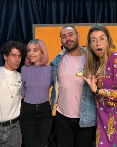 Diego y yago de Veintiuno con Eva Soriano, Iggy Rubín y Alba cordero