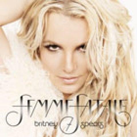 Portada Britney Spears Femme Fatale 140