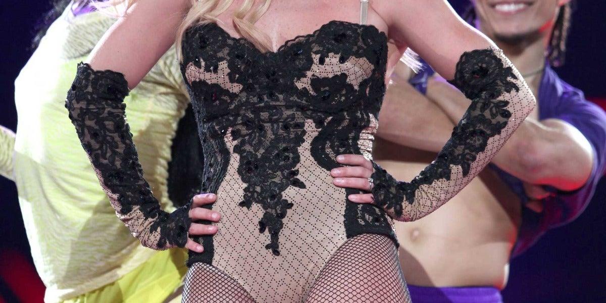 Britney Spears en concierto de su tour 'Femme Fatale'.