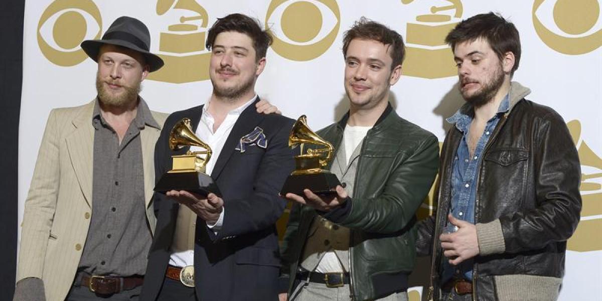 Mumford & Sons, ganadores del Grammy a mejor álbum
