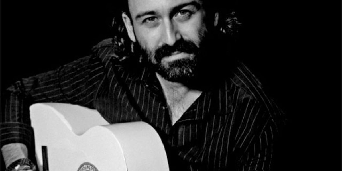 Javier Limón, presentador de Un Lugar Llamado Mundo