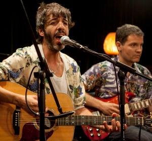 Sidonie canta Sierra y Candá