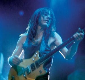 El guitarrista de AC/DC Malcolm Young