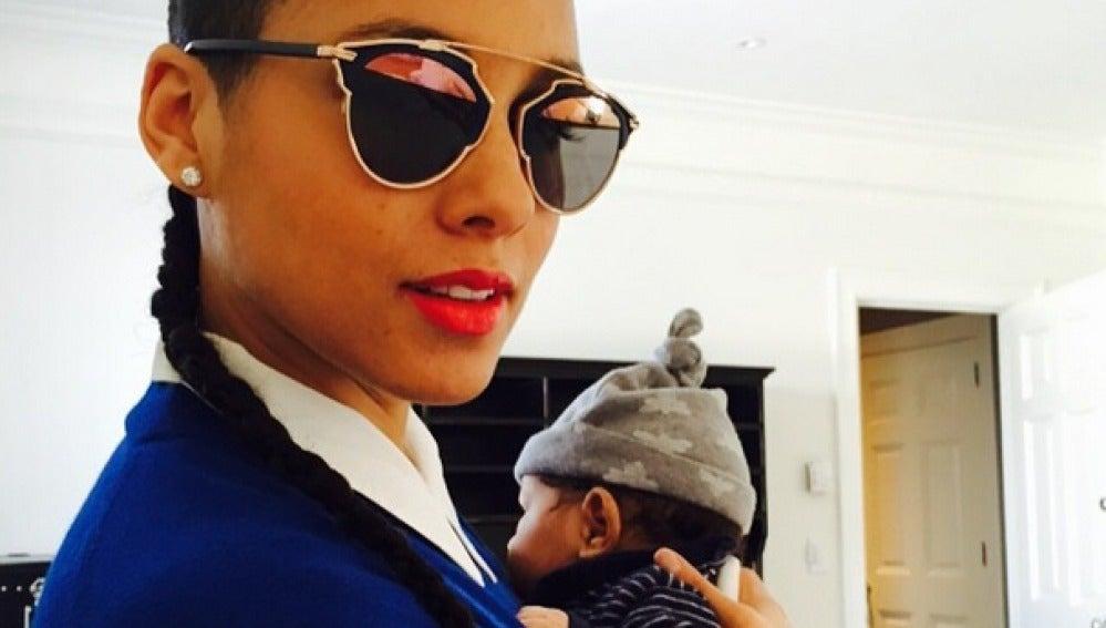 Alicia Keys y su familia