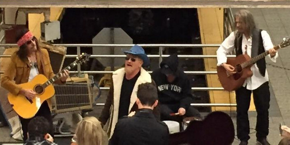 U2 en el Metro de Manhattan