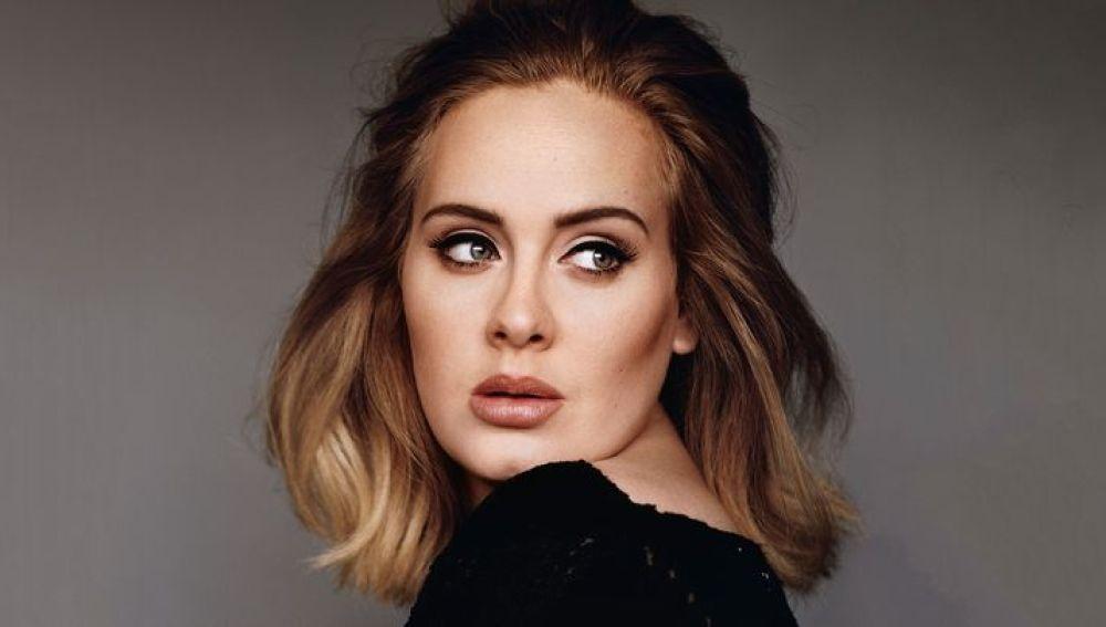 Adele ha batido todos los récords de ventas de álbumes con su último trabajo
