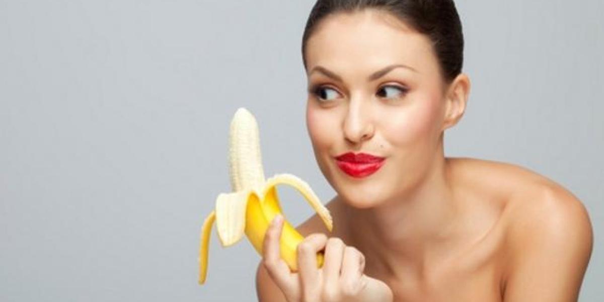China prohíbe vídeos de gente comiendo plátanos de forma seductora
