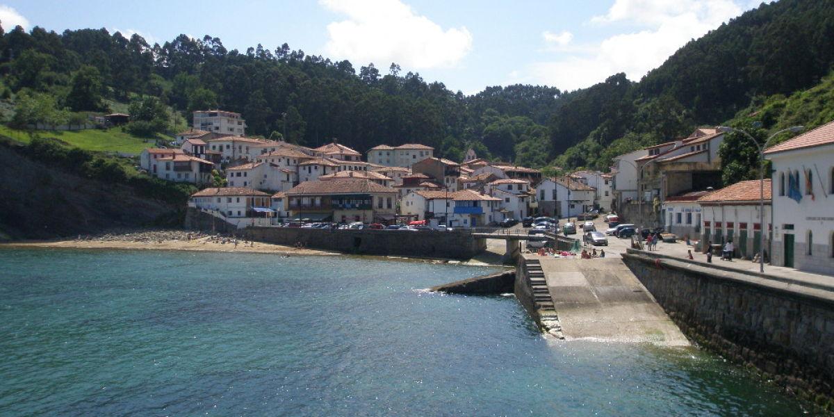 Puerto de Tazones (Asturias)