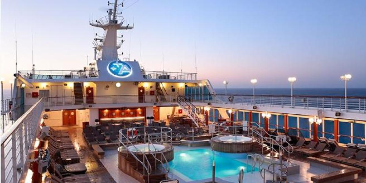 La cubierta del Desire Cruise, el crucero sexual