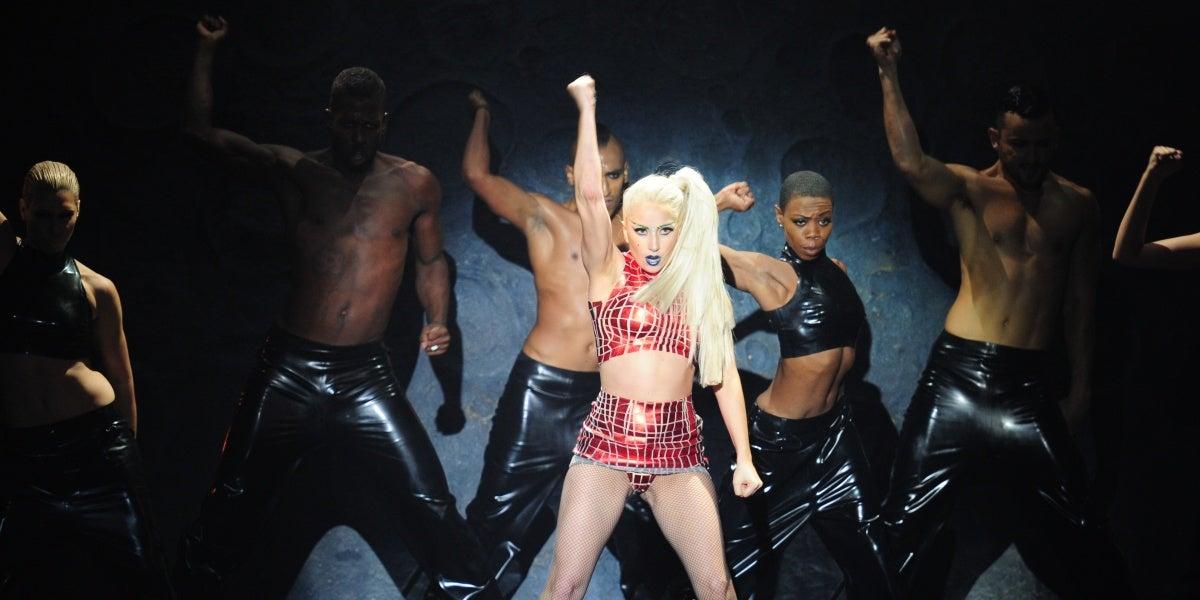 Lady Gaga sobre el escenario