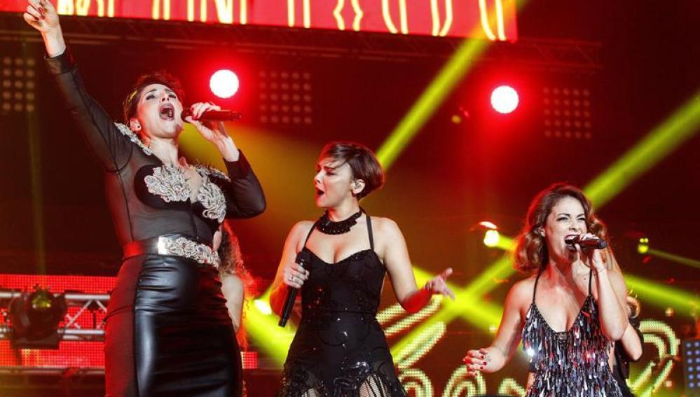 """Rosa López, Chenoa y el resto de chicas interpretaron """"Lady Marmelade"""""""