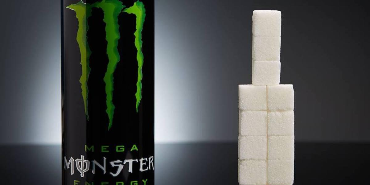 Una lata de Monster (553ml) tiene 60g de azúcar (15 terrones)