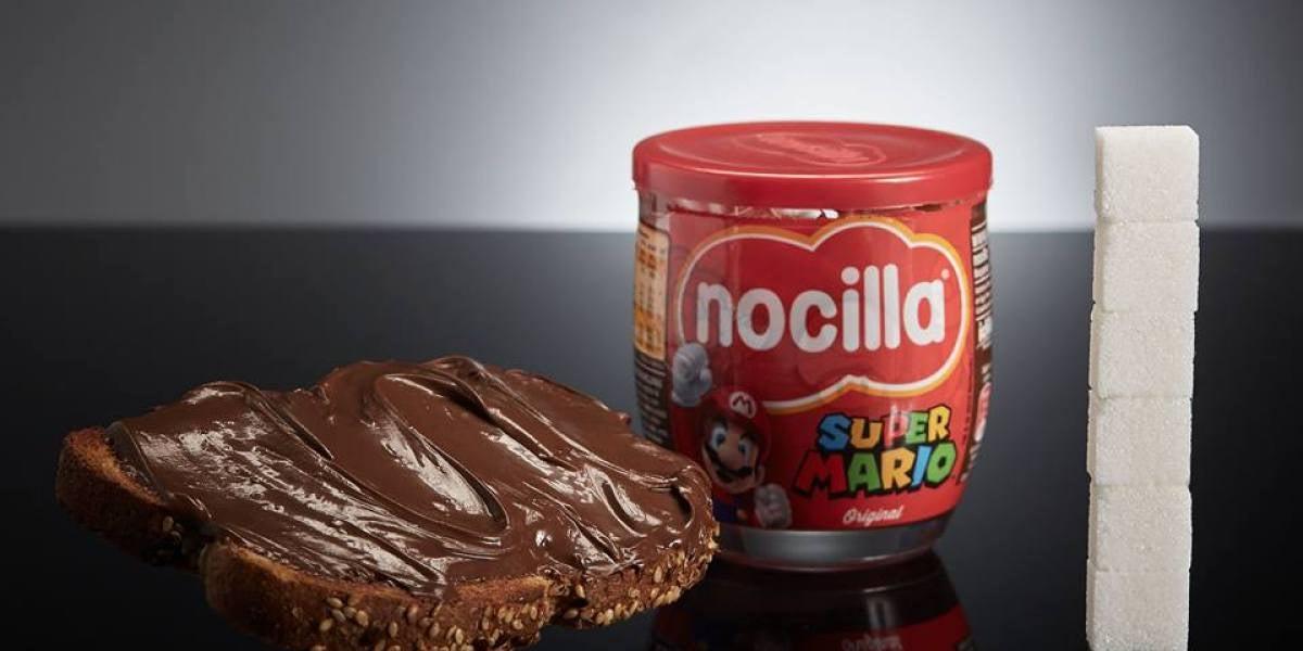 Una rebanada de pan con 40g de Nocilla tiene 24g de azúcar, equivalente a 6 terrones.