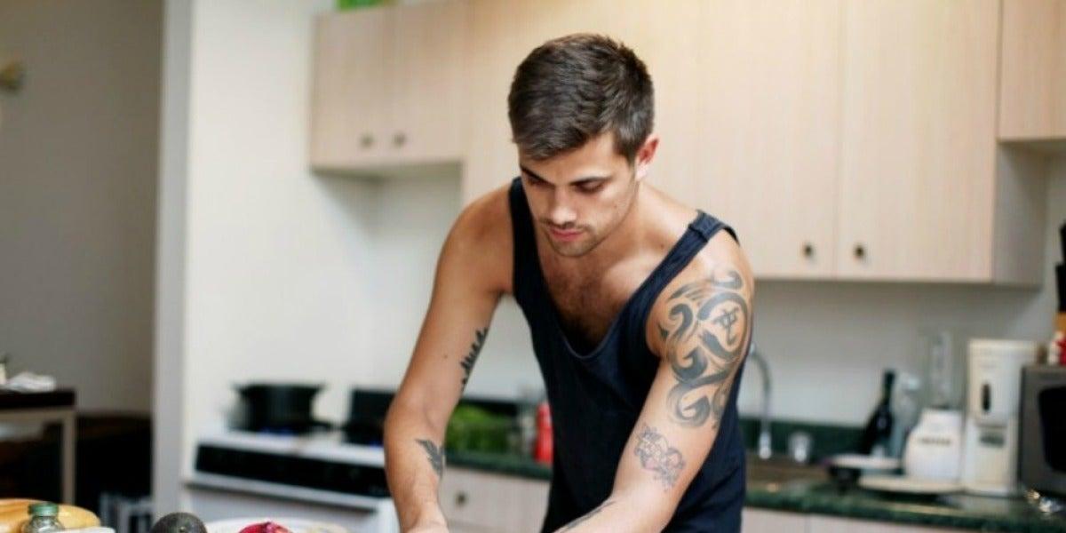 Gastrosexuales, los hombres que cocinan para ligar