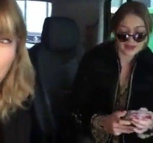 Frame 1.299525 de:  Taylor Swift y Gigi Hadid se divierten escuchando por primera vez el tema 'I Don't Wanna Live Forever' en la radio