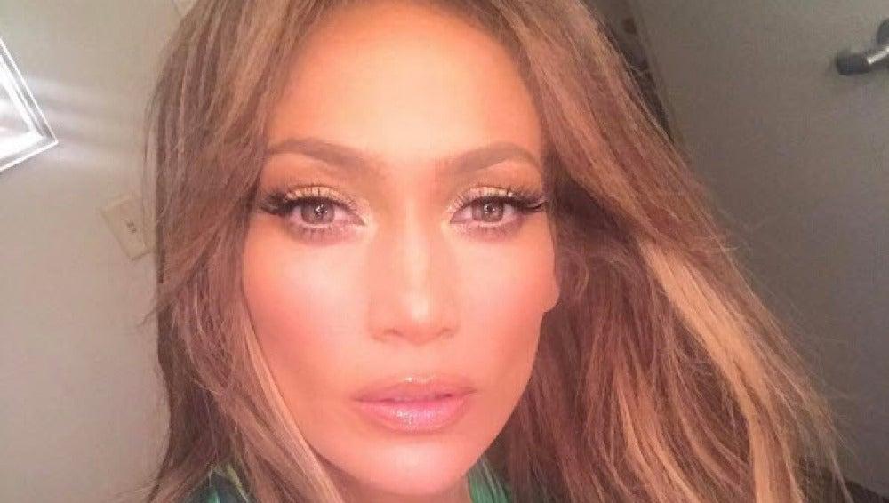 Jennifer Lopez posa en Instagram después de un show